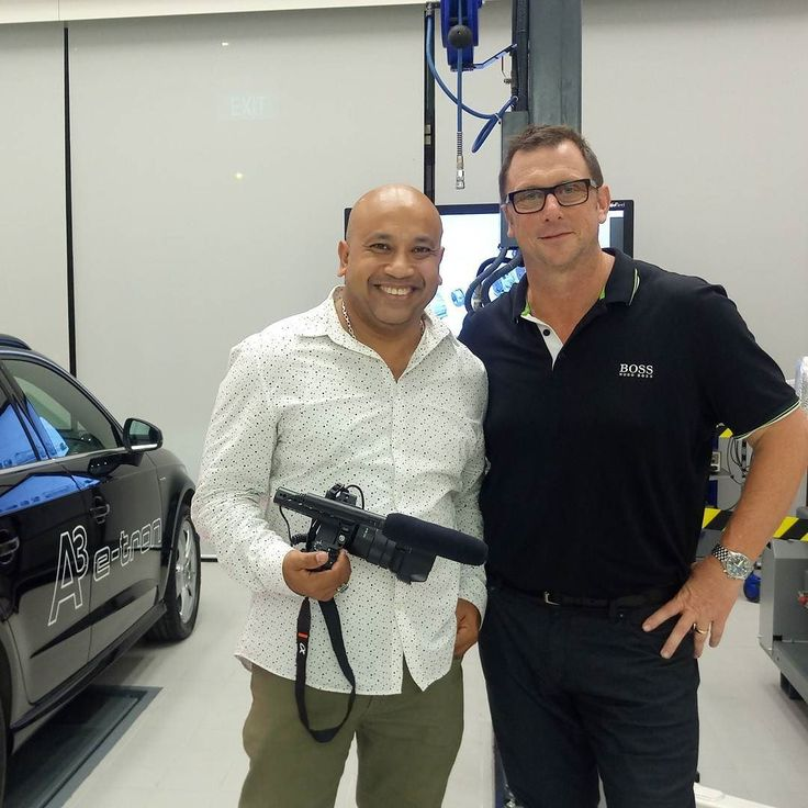 Got to catch up with the Managing Director of Audi Singapore Mr. Jeff Mannering with the Audi A3 e-tron in the background.  #sgcarshoots #sgexotics #speed#sgcaraddicts #singapore #sgcars #sportscars #revvmotoring #nurburgring #instacar #carinstagram #hypercars #monsterenergy #excitement #epic #visit_singapore #carswithoutlimits #fastcars #drifting #motorsports #love #gopro #monsterenergysg #instagrammers #supercarlifestyle #speedy
