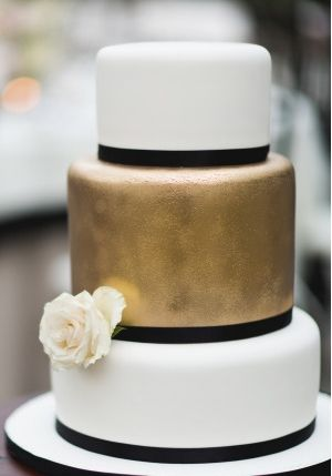 This bold wedding cake would make a beautiful statement piece at the reception