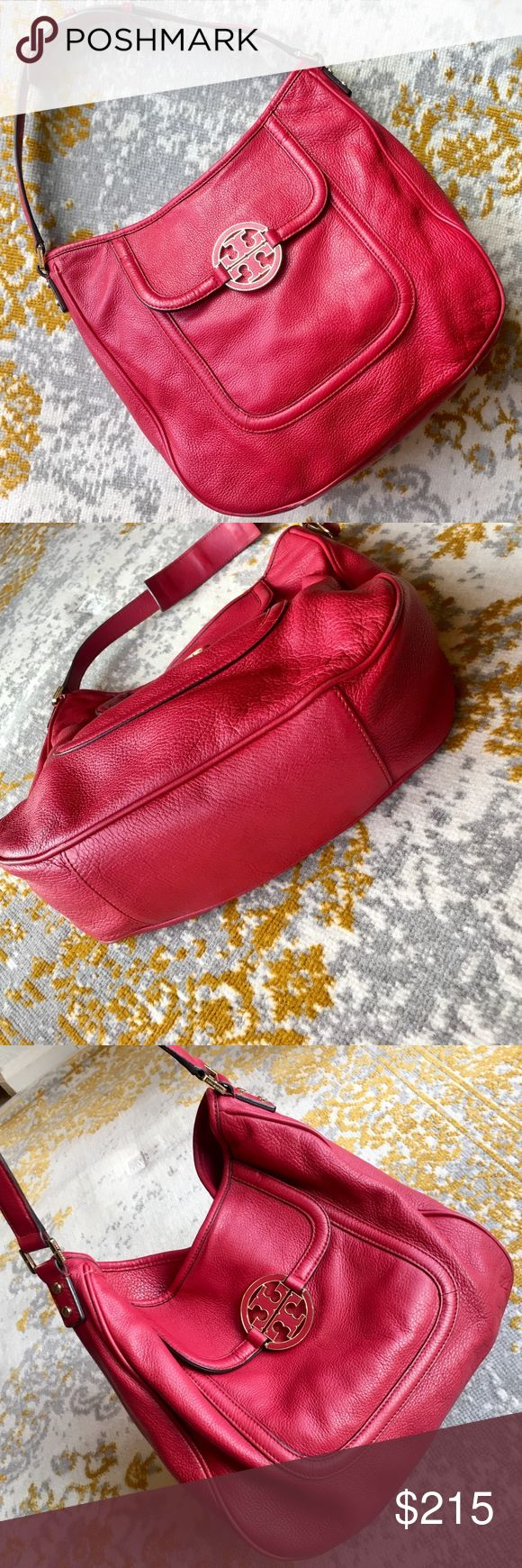 "Tory Burch Amanda Flat Hobo Bag Cherry Red Gorgeous, vibrant red Amanda Flat Hobo bag. Great pre-loved shape! Some normal wear around edges and general softening of the leather possible. Feel free to make an offer! 14""H x 17""W x 1 1/4""D, 7"" drop. Tory Burch Bags Hobos"