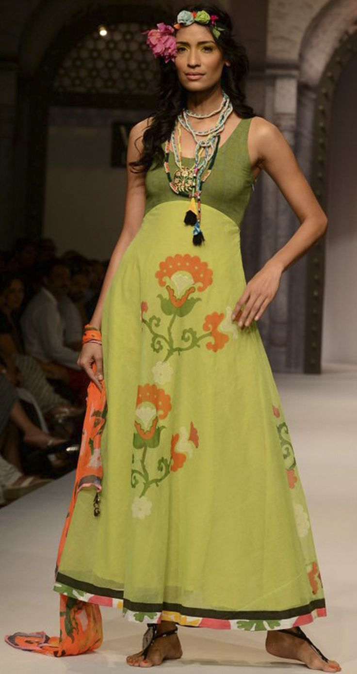 Floral printed skirt with green top by ANUPAMA DAYAL. http://www.perniaspopupshop.com/wills-fashion-week/anupamaa-dayal
