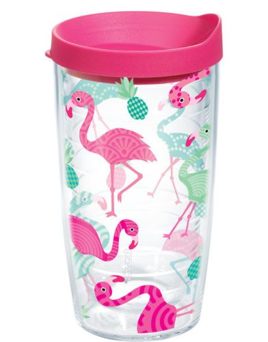 Flamingo and PINEAPPLE Tervis Tumbler design is so cute for summer