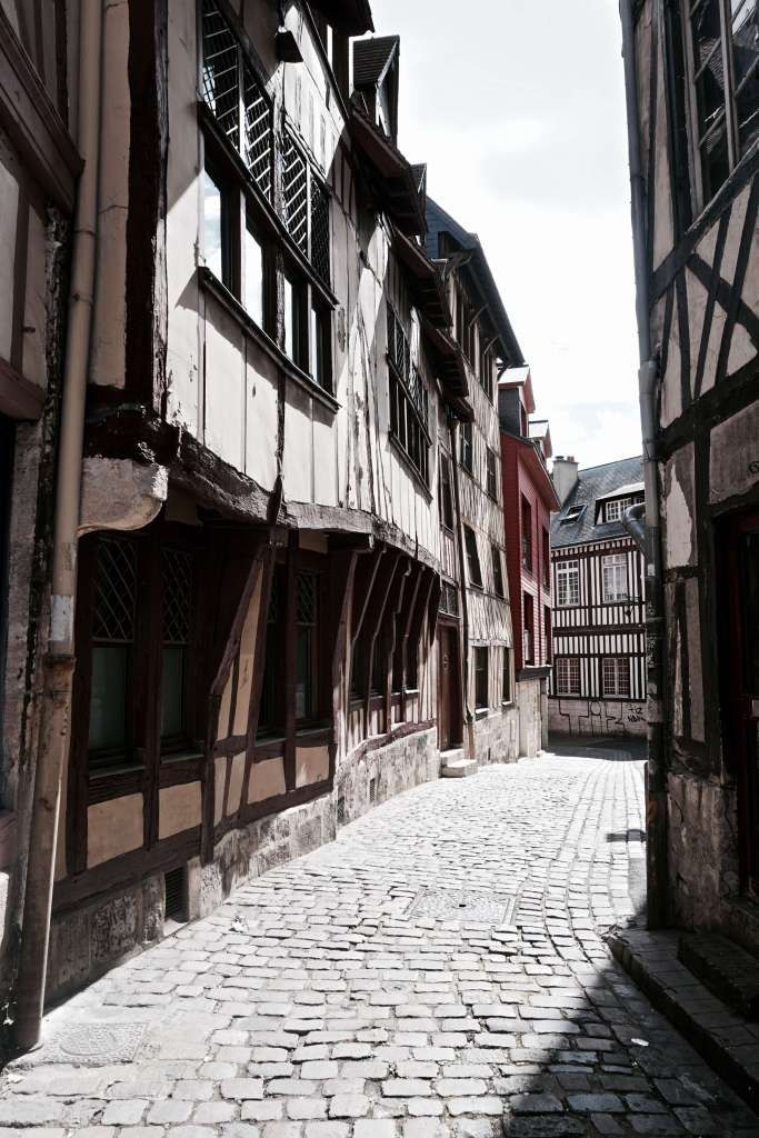 medieval architecture in rouen