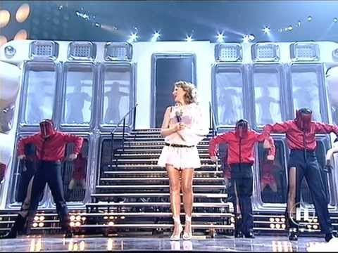 Kylie Minogue - Can't Get You Out Of My Head (Live MTV 11.08.2001) [1440 HD] - YouTube