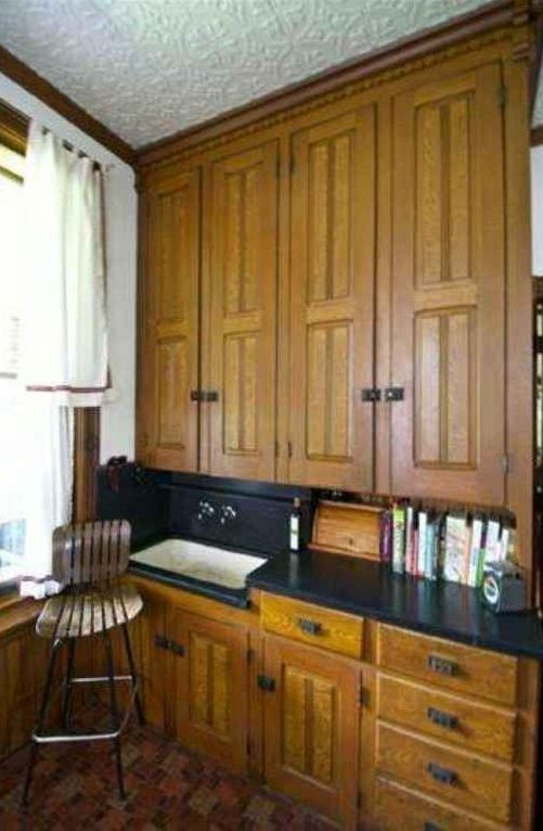 Historic Victorian Kitchen Cabinets An Important Element: 124 Best Images About The Old Butler's Pantry