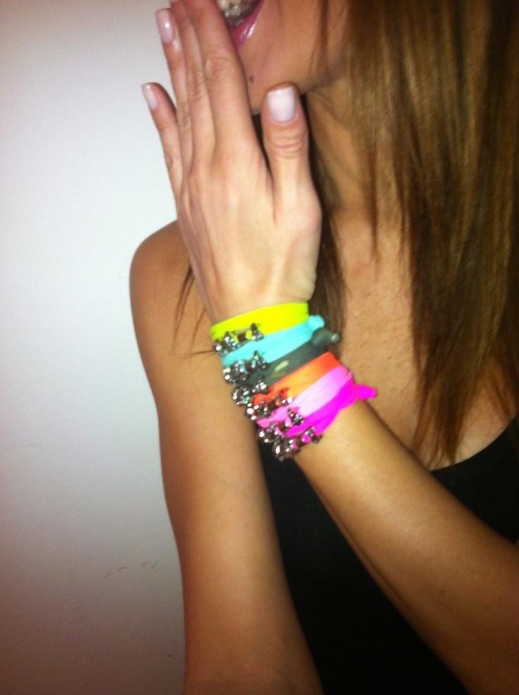 THE FASHIONAMY by Amanda: CONCORSO HUG ME!!!! ♥♥♥