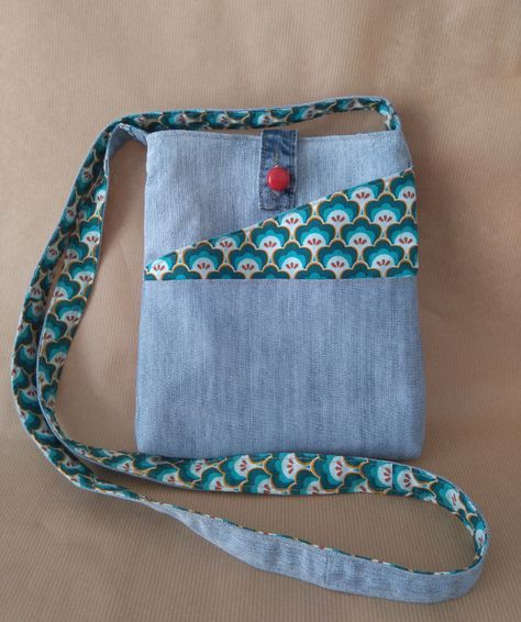 Crossbody Denim Bag, Upcycled Recycled Denim, Cactus Fabric, Handmade Purse, Fabric Bag, Multi Pockets by Beedaya on Etsy https://www.etsy.com/listing/464885496/crossbody-denim-bag-upcycled-recycled
