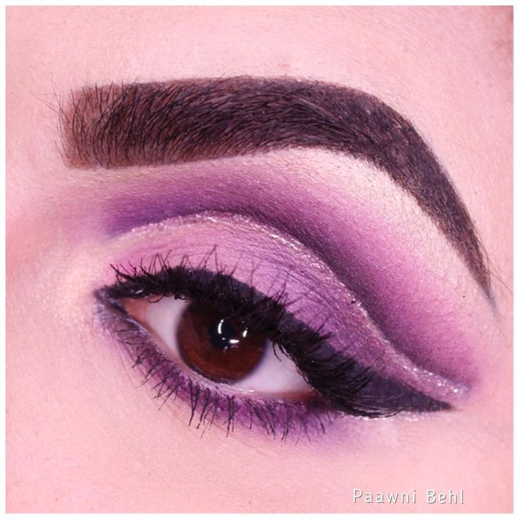 New love for cut crease makeup �� __________ Follow me @paawni_behl for more �� What is your favourite colour ?  ___________ #eyeshadows #eyebrows #eyeliner #eyeshadow #eyemakeupideas #makeupclips #purpleeyeshadow #purplecutcrease #purple #�� #makeup #vegas_nay #flawlessdolls #featuring_mua #fakeupfix #hudabeauty #hypnaughtypower #hairmakeupdiary #kyliejenner #lashesoftheday #zoevabrushes #creativemakeup #cutcreasemakeup #cutcreasetutorial #becca #beautyandthebeast #bobbibrown…