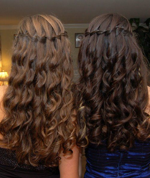 this is a waterfall braid on curly hair:D i can do this:D