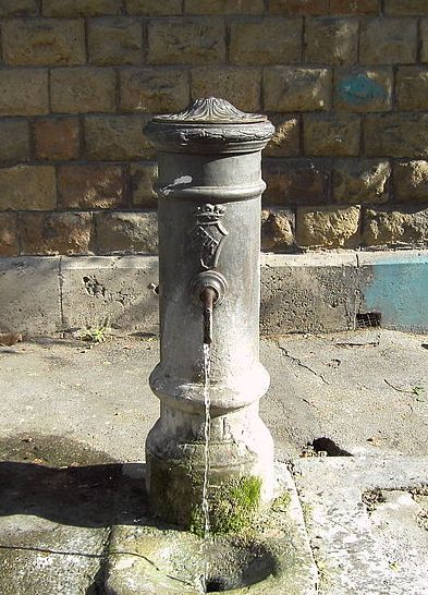 If you visit Rome over the summer, make sure to avail yourself of Rome's nasoni -- literally big noses -- the drinking fountains that are everywhere. The nasoni provide clean, refreshing water, so use them for a drink and to fill up your water bottles as you explore Rome.  There's a trick: each spigot has a little hole in the top. If you cover the end of the spigot, the pressure will force water out of the little hole to create a drinking fountain.