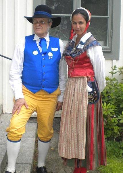 Lars Jacob wearing Sverigedräkten (Sweden Costume) and Oksana Maria Lorczak wearing Birgit Ridderstedt's Stora Tuna costume of Dalecarlia  Place: Fornby folkhögskola, Borlänge, Sweden