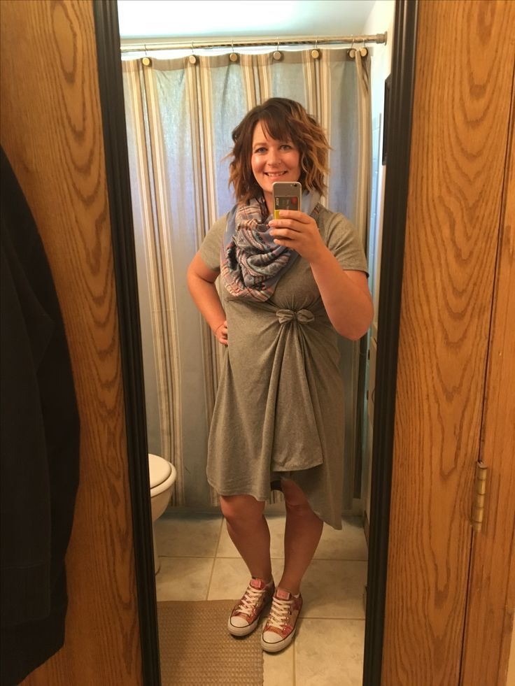 Lularoe Carly with a bow and converse for the Lularoe sale!  7/9/2017
