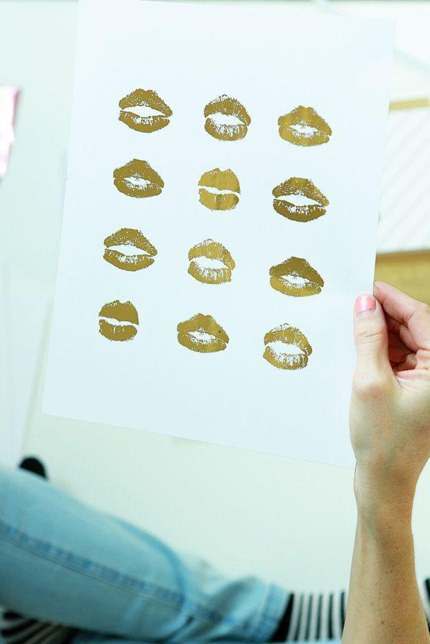 Free Kisses Download for Minc Foil Applicator from Dear Lizzy - elizabethkartchner.com