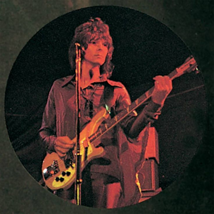 During the seventies and early eighties, I was known as a person who played a lot of notes; after Trevor joined on 90125, we were doing slightly more rock 'n' roll-oriented material, so I happily changed my style to fit that. Overall, I feel that the bass should be an equal voice in the band-not lead or background, per se, just an integral part of the music. - Chris Squire