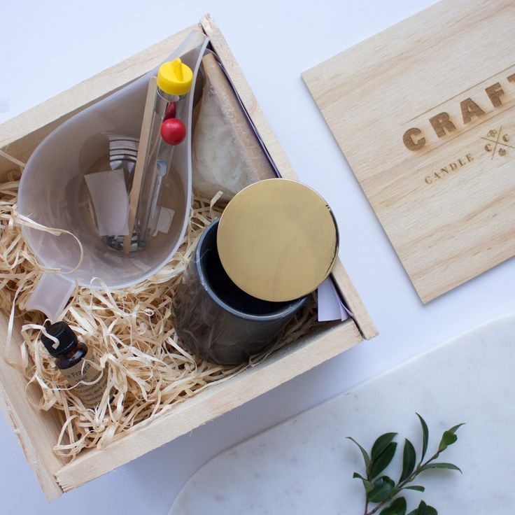 Uber Luxe Candle Making Kit! #soycandle #soy #candle #candlemakingkit #candlemaking #candlemakingsupplies #candlesupplies #containers #craftycandlesupplies #kit #craftkit