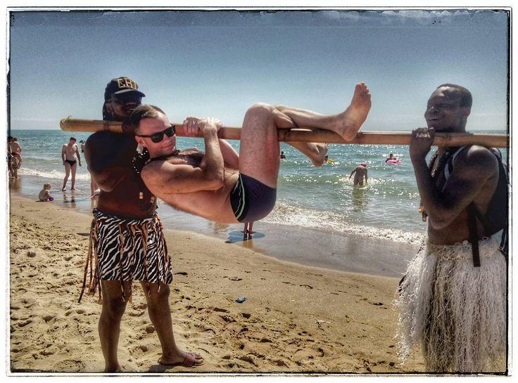 Максим (@maks777.90) в Instagram: «#африка #шашлык #солнце #пляж #петрович»