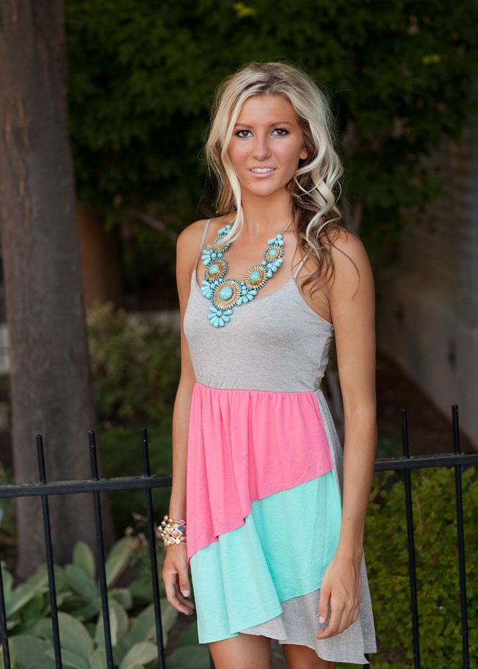 love the colorsHair Colors, Statement Necklaces, Style, Pink Colors, Block Ruffles, Casual Summer Dresses, Colors Block, Ruffles Dresses, The Dresses