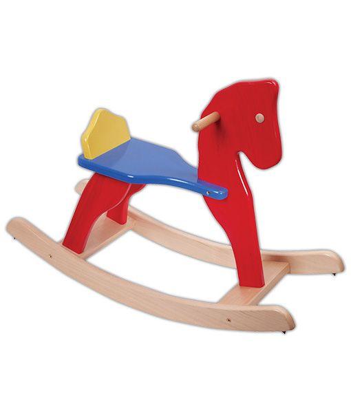 După o zicală veche soarta lumii se decide în șa, pe spatele cailor. Pentru ca norcul să-l însoțească pe copilul nostru oamenii din cele mai vechi timpuri au făcut căluți din lemn să aibă copiii cu ce se juca și să trăiască emoții de goană, de luptă. Am putea termina istoria calului ca jucărie dar se ivește întrebarea: ce legătură este între căluț și legănatul?