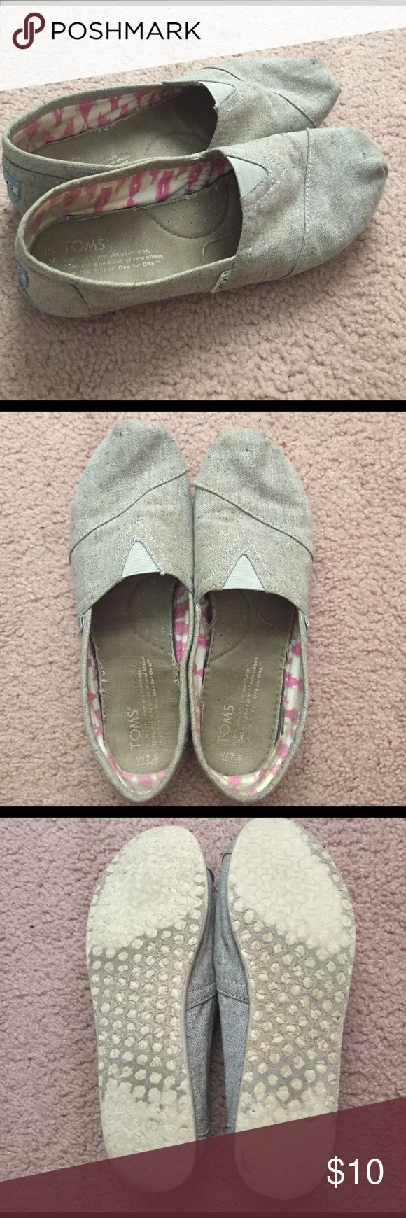 Speckled gray Toms They are worn and dirty but still in really great shape! TOMS Shoes