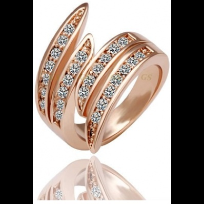 18K Rose Gold Plated Ring only $56.99 on http://starjewls.com/rings/18k-rose-gold-platted-ring.html: Crystals Rings, Angel Wings, Rosegold, Plates Crystals, 18K Rose, Gold Plates, Austrian Crystals, Fashion Rings, Rose Gold Rings