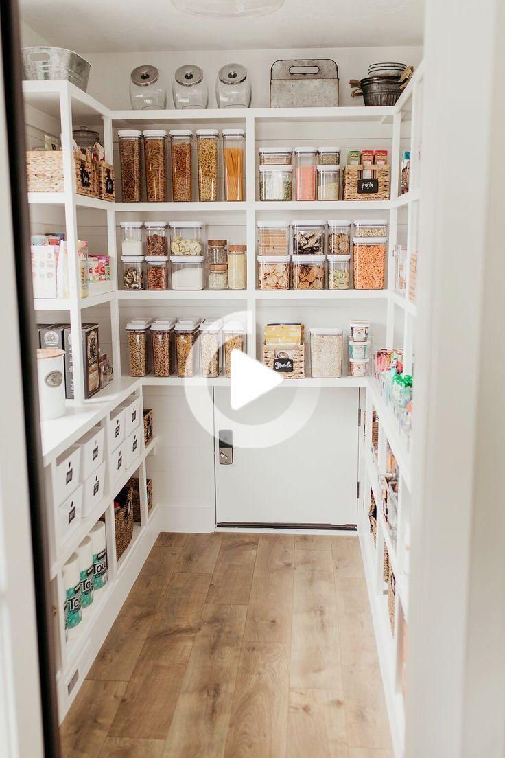 Revision Du Garde Manger Ferme Ferme Overhaul Pantry Idee Deco Buanderie Idee Rangement Cuisine Amenagement Maison