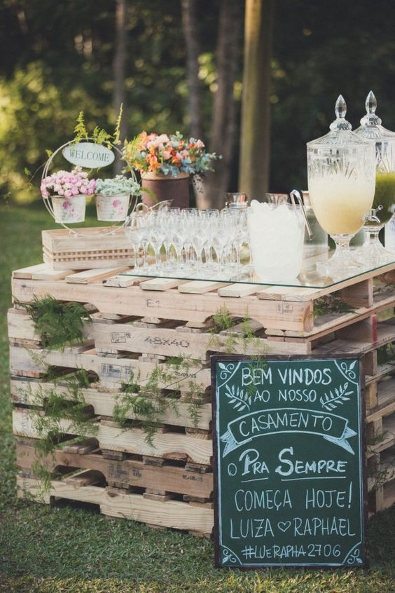 rustic wedding drink bar and wedding sign decor ideas / http://www.deerpearlflowers.com/perfect-ideas-for-a-rustic-wedding/2/