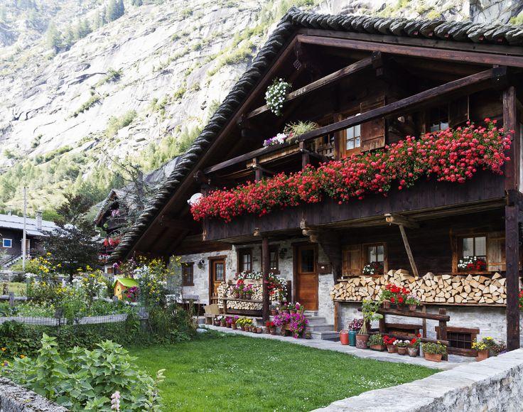 Piemonte Valle Anzasca - Macugnaga   #TuscanyAgriturismoGiratola