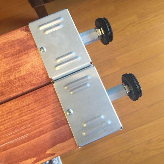 天井に突っ張って柱を作るパーツは多数あれど、格好良さナンバーワン!と言えばPILLAR BRACKET(ピラーブラケット)。今回はPILLAR BRACKET(ピラーブラケット)について書きました。