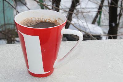 O voce din mulţime: Aroma cafelei de dimineaţă