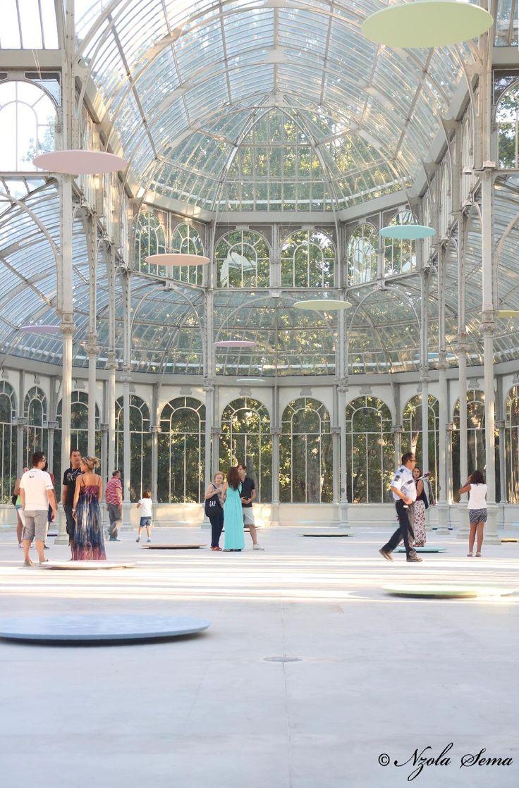 El Palacio de Cristal en el parque del Retiro (Madrid, España)
