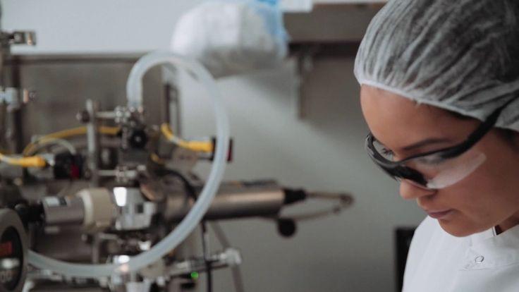 La empresa Inovio Pharmaceuticals comienza un proyecto para probar los resultados de Pennvax GP en pacientes VIH positivo, una nueva vacuna que se espera tenga la capacidad de generar células asesinas T en el sistema inmunológico del cuerpo para atacar al virus del VIH, de manera que el paciente podría abandonar definitivamente la medicación con atiretrovirales.