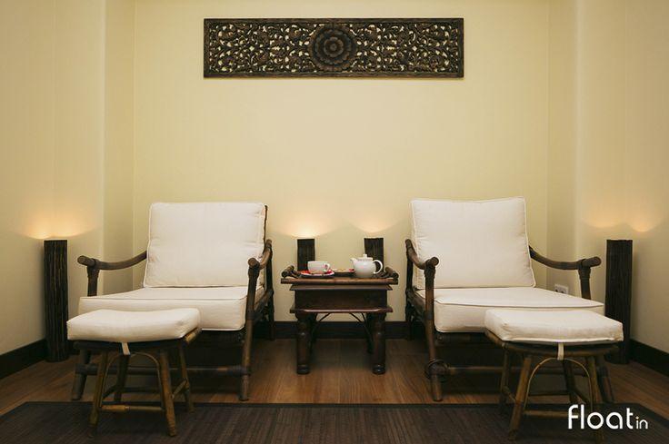 A sala de relaxamento é onde poderá realizar o seu ritual do chá confortavelmente, e saborear calmamente uma das 8 infusões exclusivas Float in.