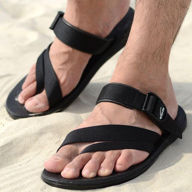 2015 el nuevo verano coreano hombres de Flip Flop Vietnam zapatos de playa pellizcar roma Shoes transpirable suela de goma zapatillas exterior