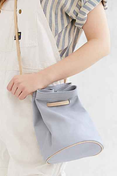 Silence Noise Minimal Leather Bucket Bag