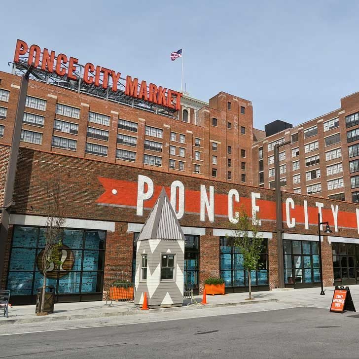 Ponce City Market is a mixed-use development located in a historic building in Atlanta, with national and local retail anchors, restaurants, a food hall, boutiques and offices, and residential units (Free Things to Do in Atlanta) // localadventurer.com