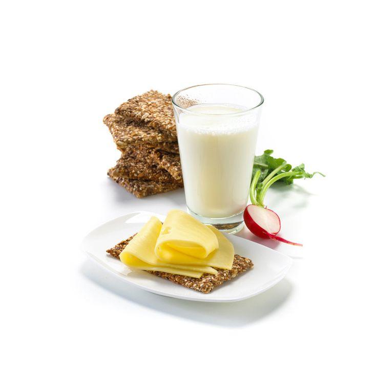 Hjemmelaget Knekkebrød: Lag ditt eget knekkebrød - grovt og godt til alle måltider!
