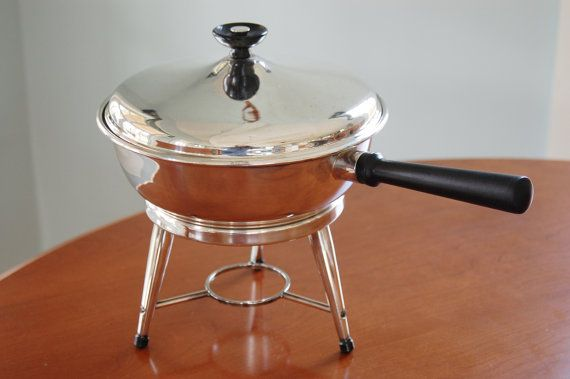 Silver plated atomic style chafing dish