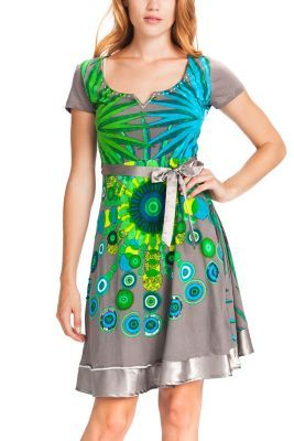 A dress that gets you noticed everywhere. The brightly colored baroque sphere is the centerpiece of this short-sleeved dress. The waist is fitted and the skirt is looser. Check out the print on the back as well.