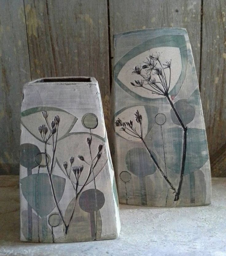 New pieces in shades of grey. #shadesofgrey #ceramics #pottery #pots #decor #handmade #cowparsley #queenanneslace #vases
