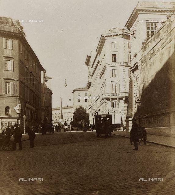 Via Nazionale e sullo sfondo Piazza del Quirinale, Roma (1897)