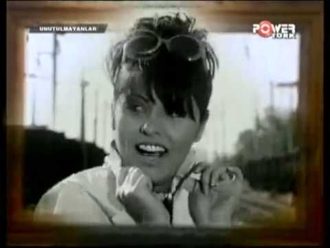 Reyhan Karaca - Sevdik Sevdalandık - YouTube