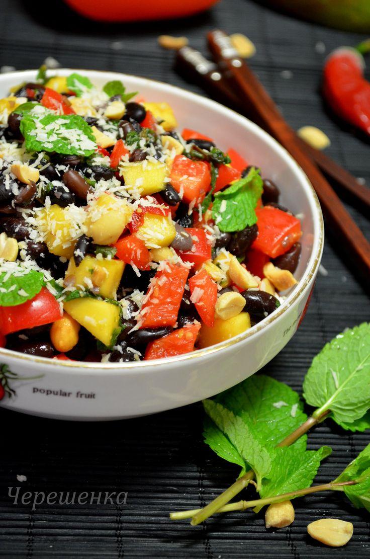 Предлагаю разнообразить наше постное меню вот таким красочным, вкусным, полезным и ароматным салатом!