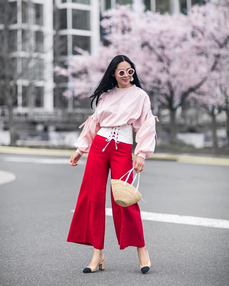 """""""Mi piace"""": 1,531, commenti: 250 - Holly 