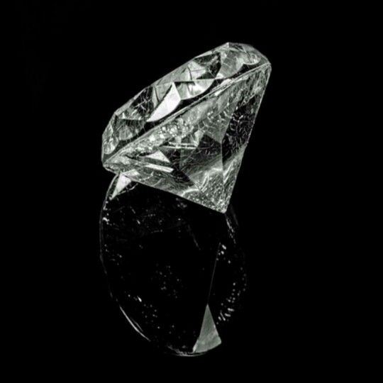 "Diamonds are weighed in units called carats, the easiest of the 4Cs to determine. A carat is a unit of measure for diamond weight and is evaluated on a point system. One carat is equivalent to 100 Points; a half-carat diamond is 50 Points, and so on. One carat also equals 200 milligrams, and 142 carats equal one ounce. It's also important to note that ""carat"" should not be confused with ""karat,"" the unit that measures the Purity of gold. The term ""carat"" is derived from the carob seed, the…"