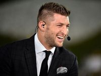 Ohio State Buckeyes use Tim Tebow to help in recruiting - NFL.com