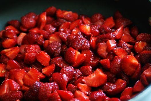 strawberriesinthepan