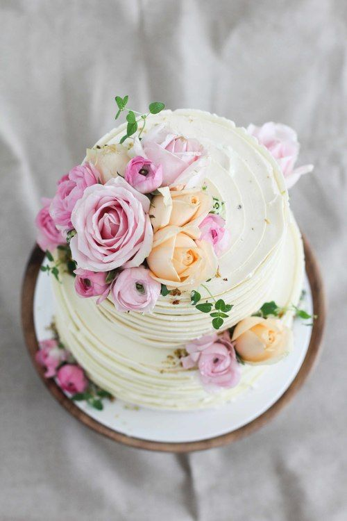 Flower Cake (5 of 6).jpg