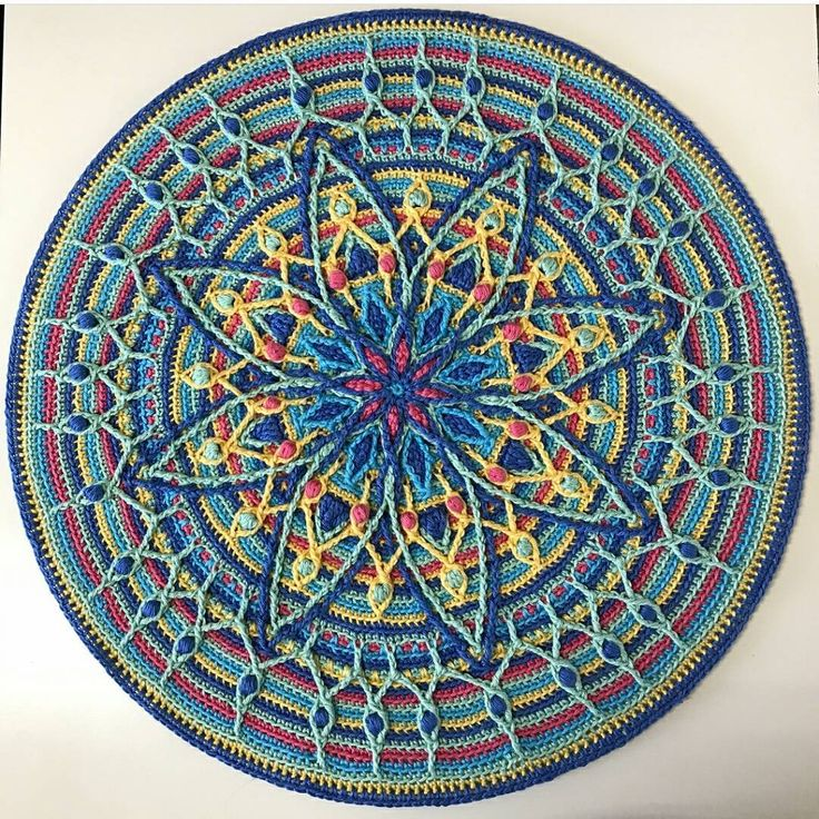 "460 Likes, 8 Comments - Amanda Williams (@yarn_house) on Instagram: ""How pretty is this version of the Lylah Mandala from @bluecatcrochet? I love how you've switched it…"""