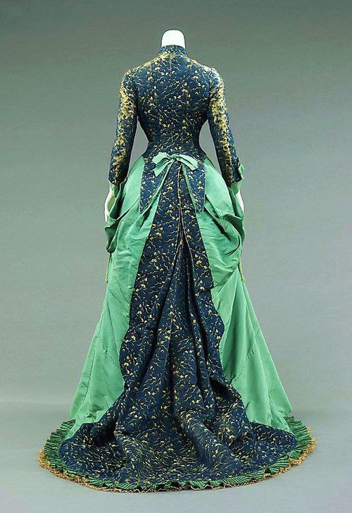Green-Blue Victorian Gown 1880 // Not A fan of the colors paired but the style is beautiful.