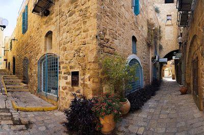 Estrechas calles de la antigua ciudad