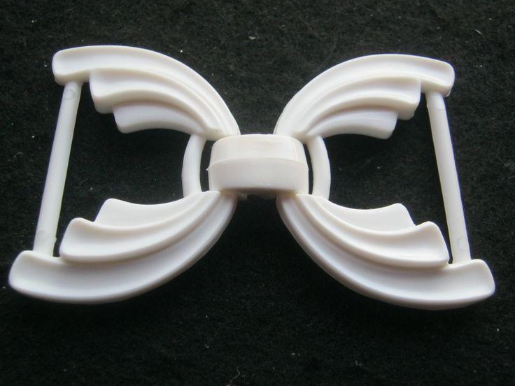 5 Stück weiße Gürtelschnallen ca.75/46 mm,Steg ca.33 mm,Neu,Lübecker Knopfmanufaktur von Knopfshop auf Etsy